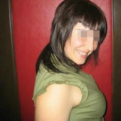 Belle femme à Montréal aimant les plans fellation