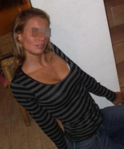 Jolie coquine à Longueuil adorant la baise
